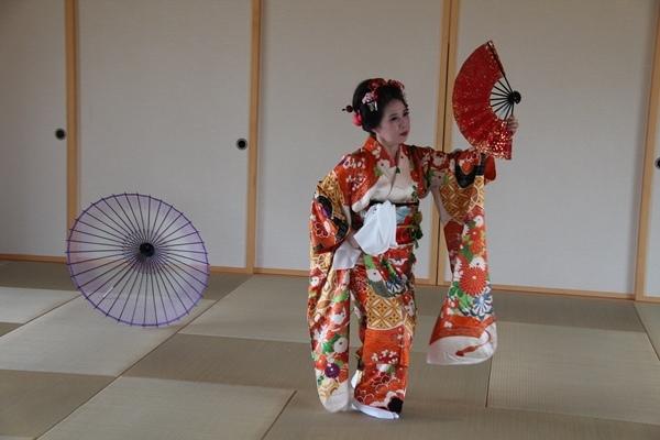 日本舞1.JPG