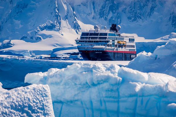 MS-Midnatsol-Antarctica-HGR-114055.tif