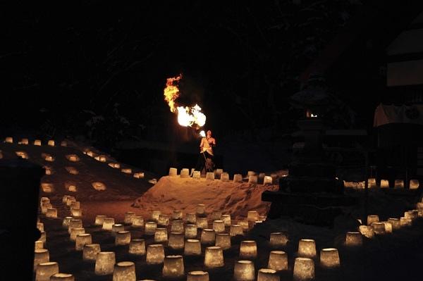 定山溪溫泉雪燈路.jpg