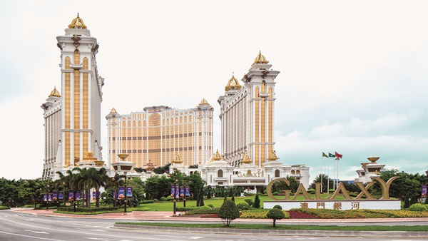 Galaxy Macau Exterior _ morning.jpg