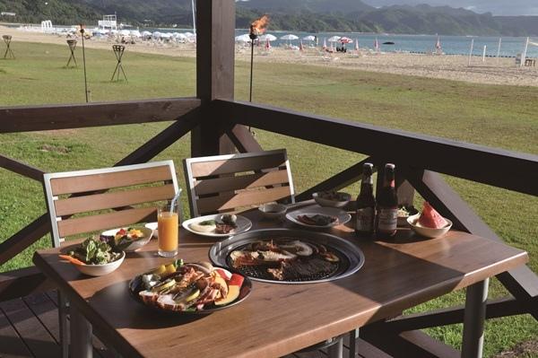 沖繩Okuma海灘度假酒店餐廳2.JPG