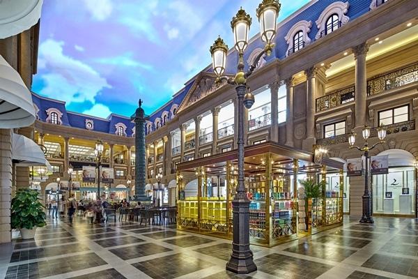 Shoppes at Parisian  巴黎人購物中心.jpg