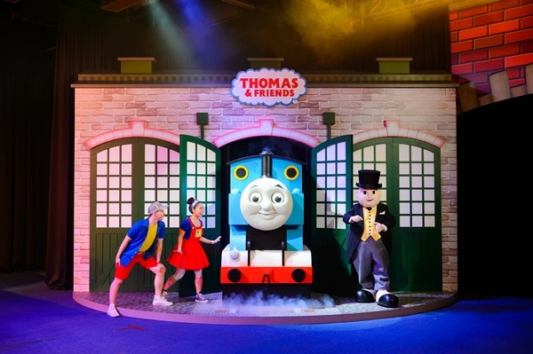 Thomas %26; The Little Big Club 群星派對.jpg