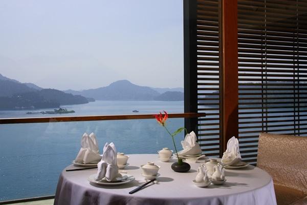 _Lake view_ Chinese Restaurant.jpg