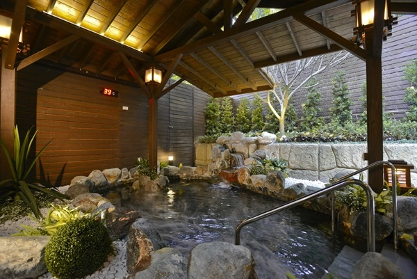 15 戶外大眾風呂 Outdoor Hot Spring 1-01.jpg