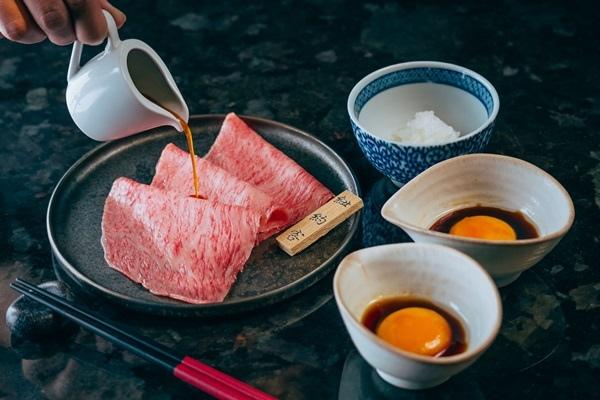 燒肉特選和牛 月見醬.jpg