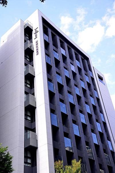 建築物招牌2.JPG