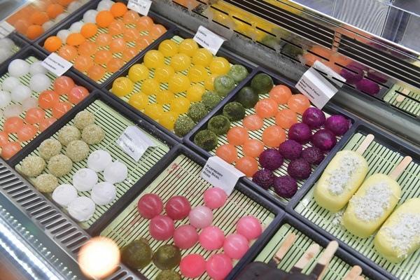 L'Amarena Gelato Shop4.jpg