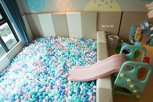 親子遊戲室.JPG
