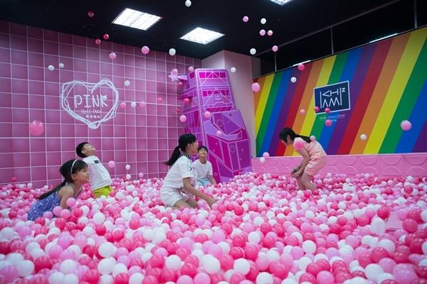 粉紅球池.JPG