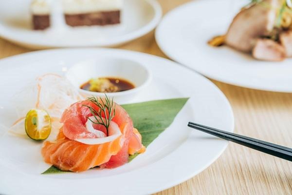 鮮魚生魚片.jpg