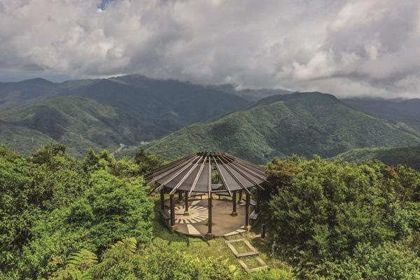 DJI_0890-CMYK帽子山觀景涼亭.jpg