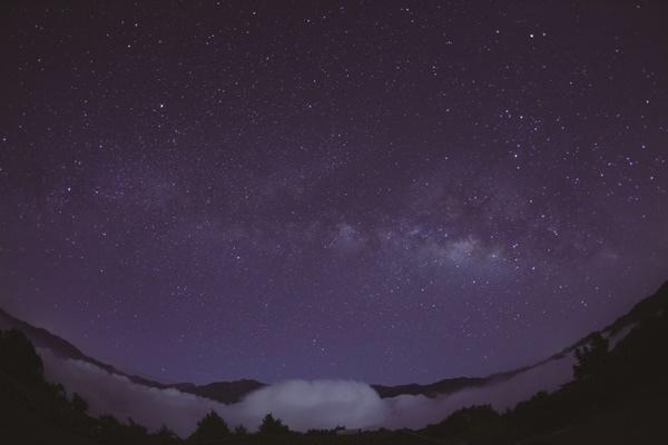 1030702 49 小笠原山 星空 7D-CMYK.jpg