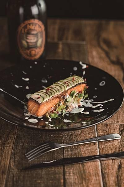 哈維斯特香檸奶油鮭魚.jpg
