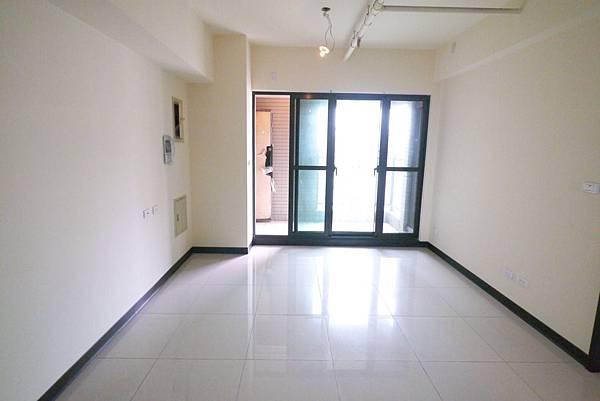 水岸兩房12樓 視野景觀戶 698萬_9208.jpg