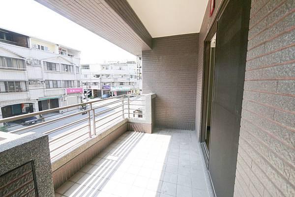 新平路三段20米路金店_5088.jpg