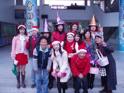 981225歡樂聖誕_24.JPG