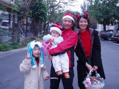 981225歡樂聖誕_17.JPG