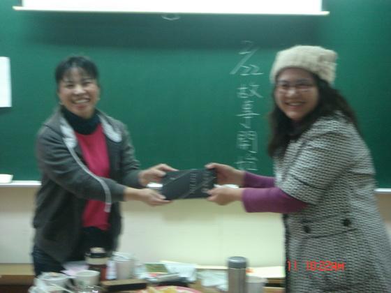 20110111快樂故事團期末_06.JPG