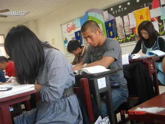 20110313企管同學_5.JPG
