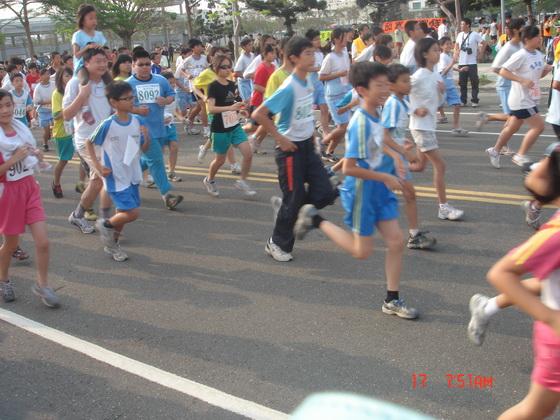 20110417南市路跑_061.JPG