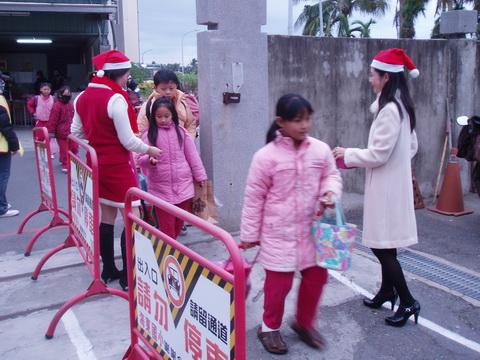 981225歡樂聖誕_07.JPG