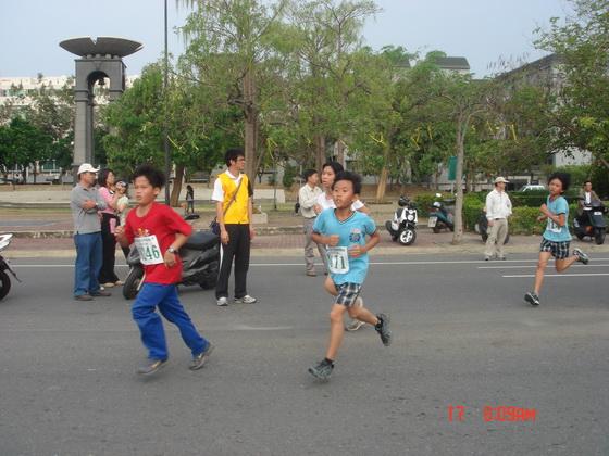 20110417南市路跑_105.JPG