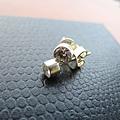 CZ鑲針式耳環1