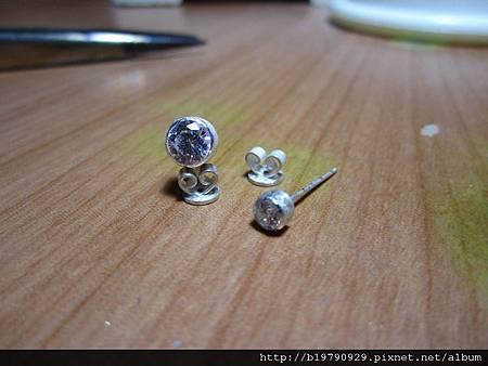 CZ鋯石夾鑲針耳11