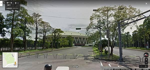 漢堡館門口.JPG