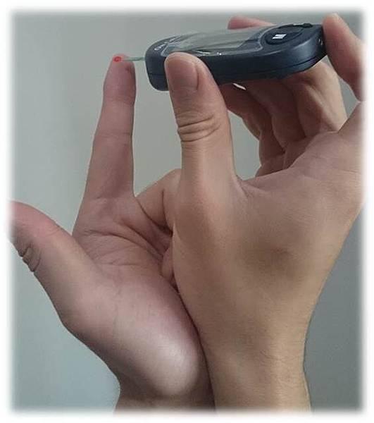 尖端採取避免手抖的方法