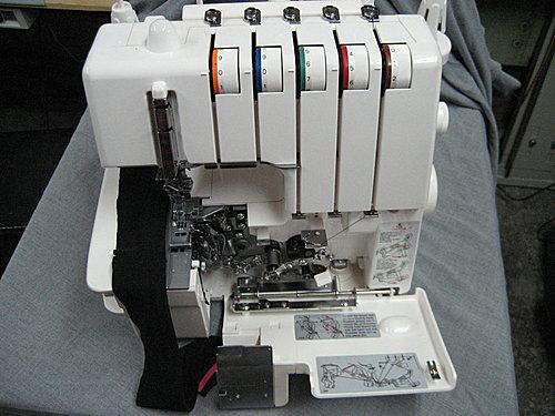 車縫針織布料專用機~三本車(三針五線)