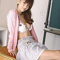 AkiHoshino_DGC_2009-01_038.jpg
