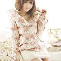 ViVi12月号掲載JFW着用-もこもこハイウエストスカート.jpg