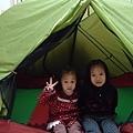 謝謝miin阿姨帶來的帳篷 他們超開心的!