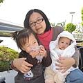 媽咪跟兩個寶貝...
