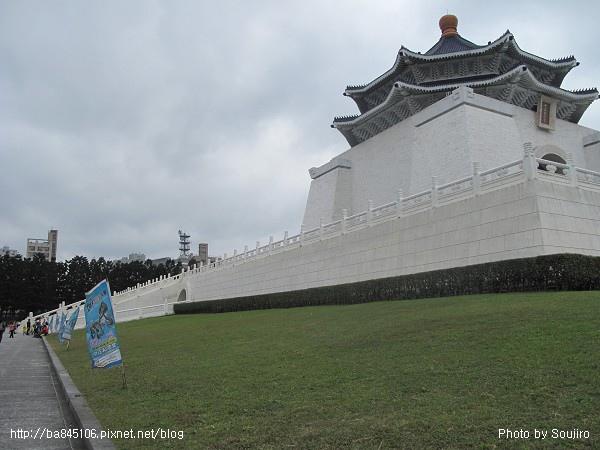 100117-2.中正紀念堂.世界恐龍展 (10).jpg
