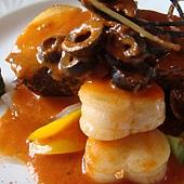 地中海香煎圓鱈干貝佐番茄橄欖香料沙司