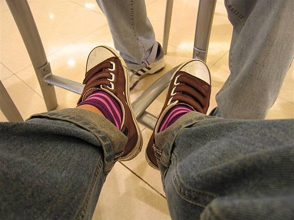裝髒的新鞋