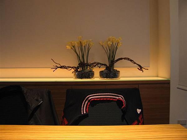 兩盆可愛的花