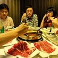 大家都吃得很開心 (怎麼看出來的 XDDD)