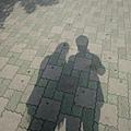 老梗的影子照