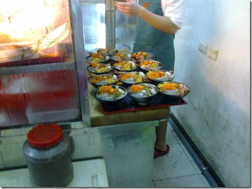 比熊犬~金泰食品--超豪華的海鮮蓋飯!! 2