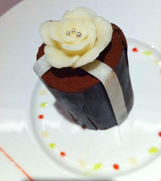 玫瑰巧克力塔.JPG