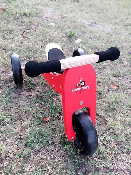 Kinderfeets滑步車,龍頭45度