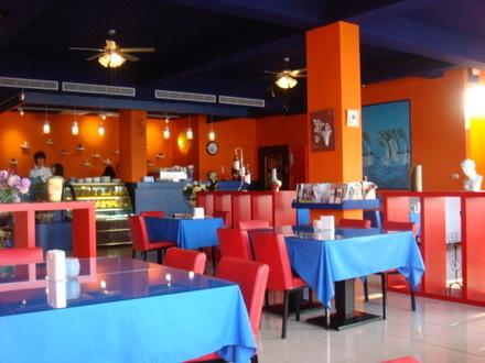八里餐廳內景
