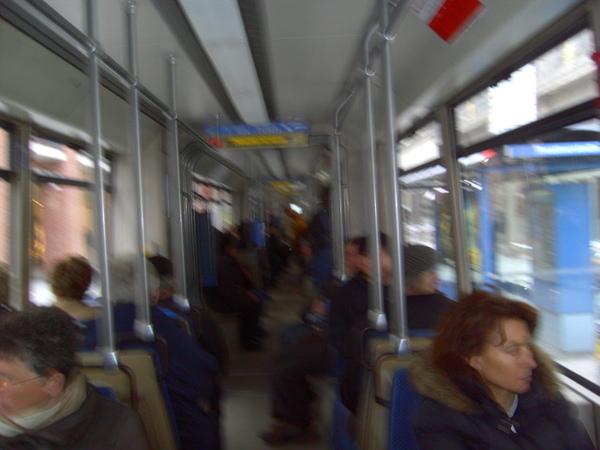 慕尼黑市區電車內一景
