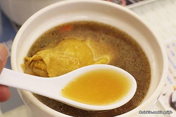 雞湯-黃金蟲草1-2.JPG