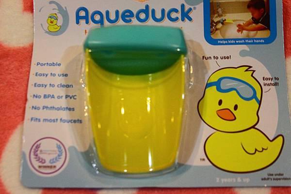 寶寶不用伸手的水龍頭輔助器AQUEDUCK