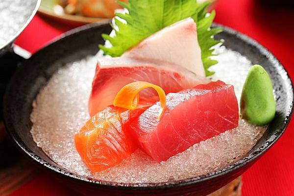 raw-fish-slice-1879676_640.jpg